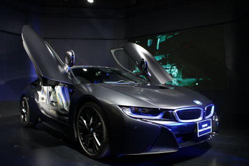 BMW i8 プロトニック・フローズン・ブラック