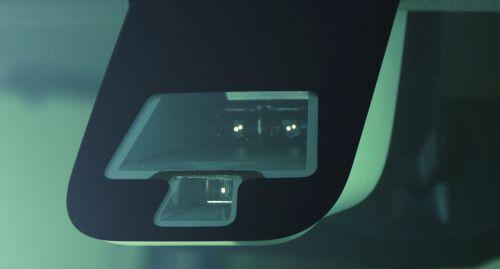 三菱 予防安全装備 e-Assist(イーアシスト) 赤外線レーザーレーダー