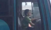 【盗んだバス~で走り出す】9歳少年がバスを盗み暴走!40分間マニュアルを乗りこなす