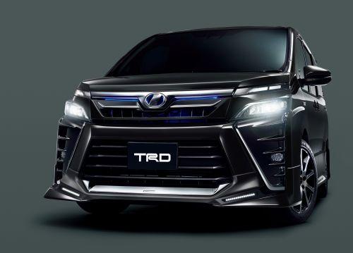 トヨタ 新型ヴォクシー TRD ZS