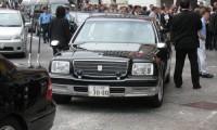 【超高級】公用車の定義とは?都知事や首相の使用している車種もご紹介!