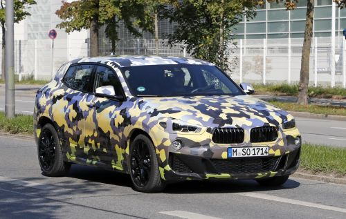 BMW X2 スパイショット