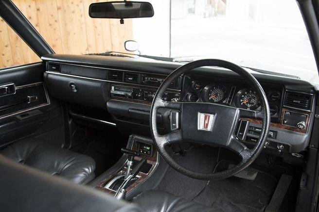 日産 セドリック 330型 MOBYクルマバナシ