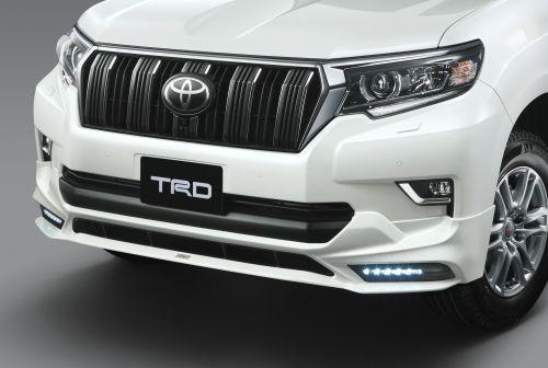 トヨタ ランドクルーザープラド フロントスポイラーLED付 TRD