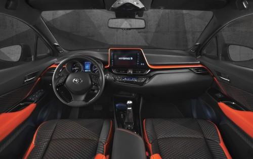 トヨタ c-hr ハイパワーコンセプト 内装