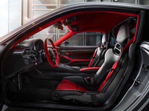 ポルシェ 新型 911 GT2 RS 内装