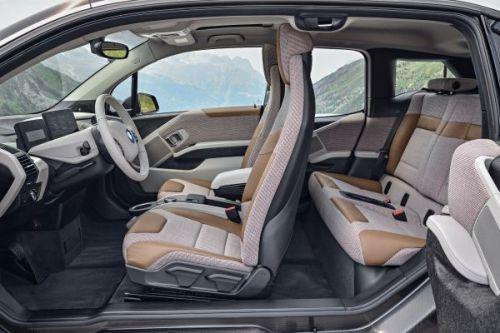 BMW i3 新型 内装