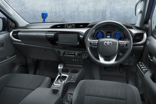 トヨタ 新型ハイラックス 2017年型