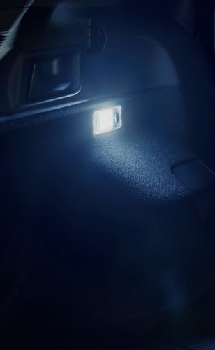 新型 カローラ フィールダー モデリスタ LEDルームランプセット_ラゲージルームランプ