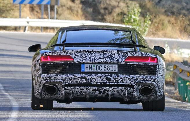 アウディ R8 GT 2017