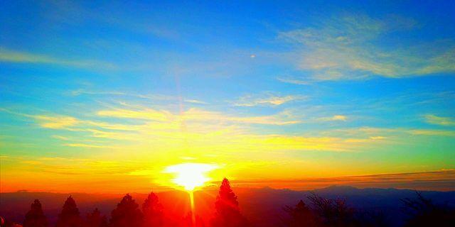 金剛山から見た日の出