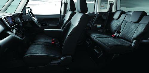 三菱 ekスペースカスタム 2017年モデル 内装