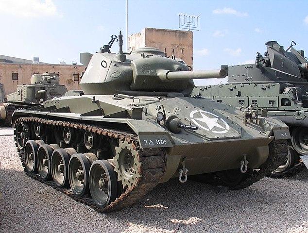 戦車 M24チャーフィー軽戦車