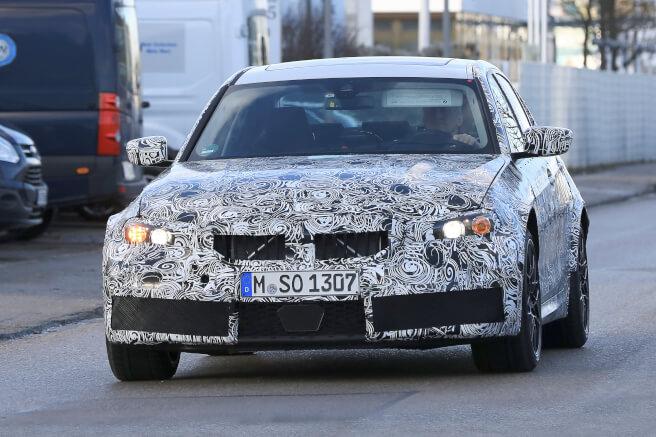 BMW 新型M3 スパイショット