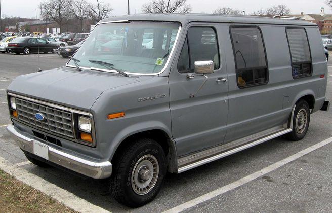 フォード_エコノライン_150-1990