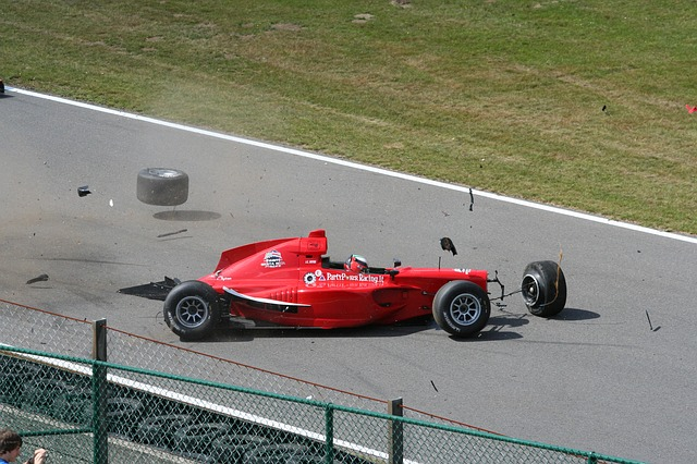 F1 クラッシュ