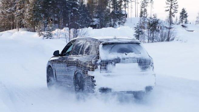 BMW 新型X5 M スパイショット