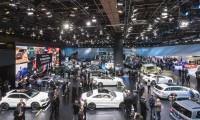 【ベンツ】デトロイトモーターショーにて新型Gクラス・AMG3モデルを世界初公開!
