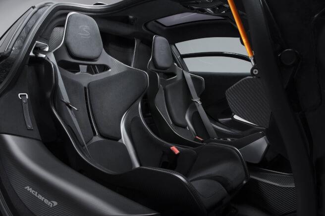 新型マクラーレン・セナのシート