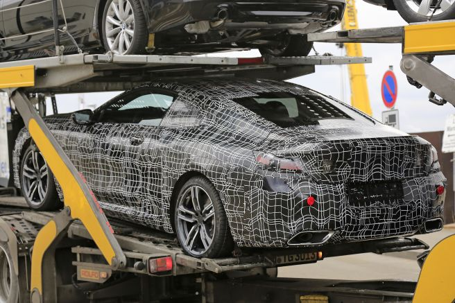 BMW 8シリーズ Mスポーツ プロトタイプ
