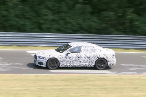 アウディ新型S6