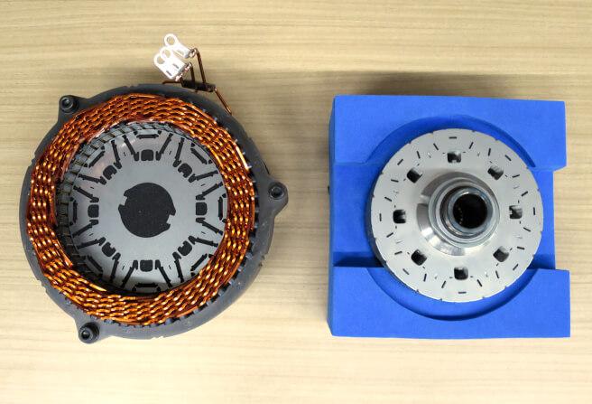 トヨタ 省ネオジム耐熱磁石