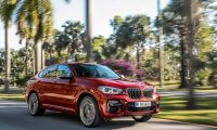 BMW新型X4発売開始!部分自動運転搭載で価格やスペックは?コネクテッドサービスも