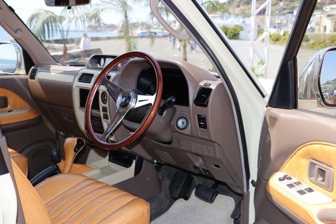 トヨタ ランドクルーザープラド 70系 ネオヤングタイマー 内装