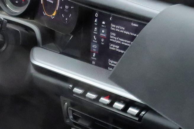 ポルシェ次期型911 デジタルコックピット