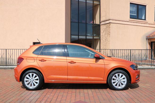 VW新型ポロ