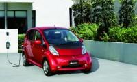 【三菱新型i-MiEV(アイミーブ)マイナーチェンジ】ボディサイズ拡大で登録車に!スペックや価格は?