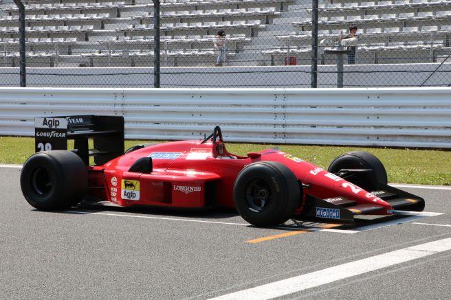 フェラーリ F187