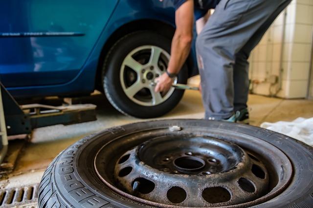 タイヤ交換イメージ画像