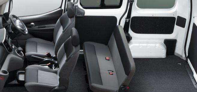 日産 e-NV200 バン 内装 2018