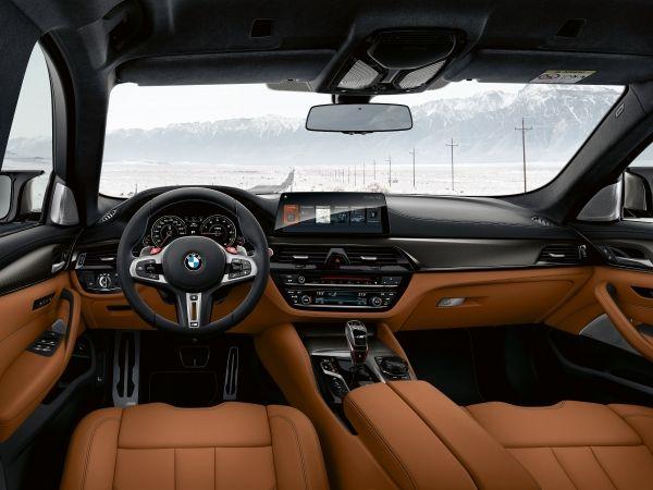BMW 新型 M5 コンペティション 内装 2018