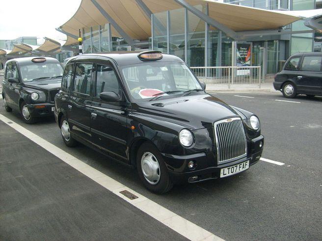 ロンドンタクシー TX4
