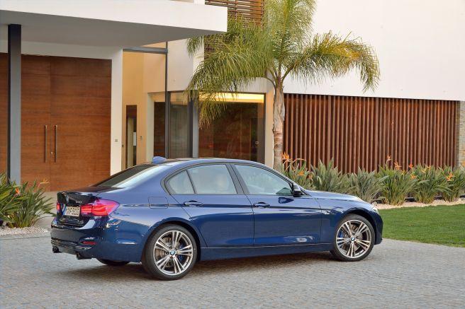 BMW 3シリーズ セダン_2015