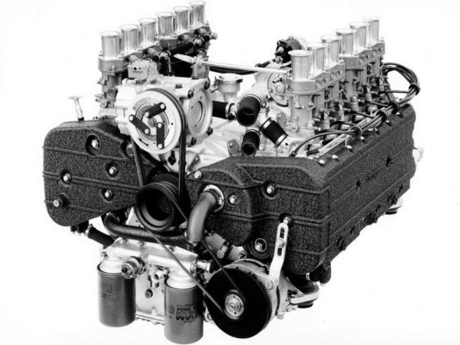 フェラーリ365GT4BB_エンジン