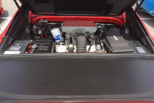 フェラーリ328GTS_エンジン