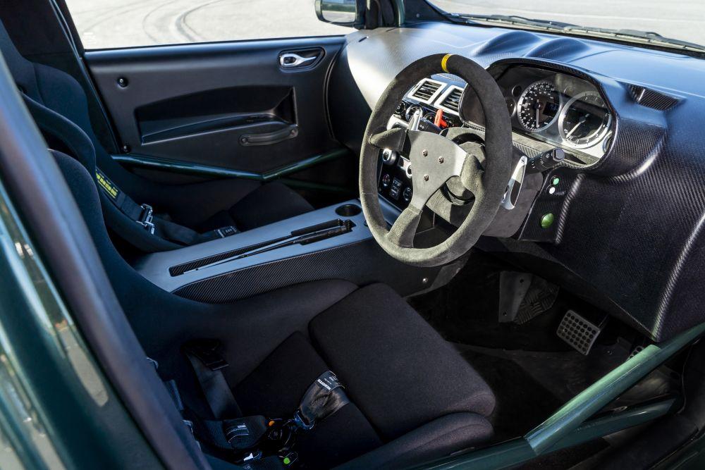 アストンマーチン V8 シグネット 2018年