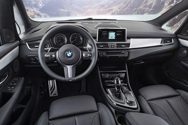 BMW 2シリーズ グランツアラー 内装 2018