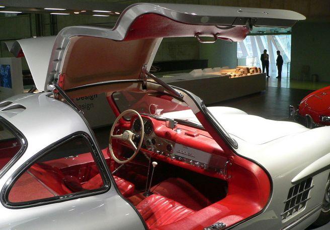 メルセデス・ベンツ300SL