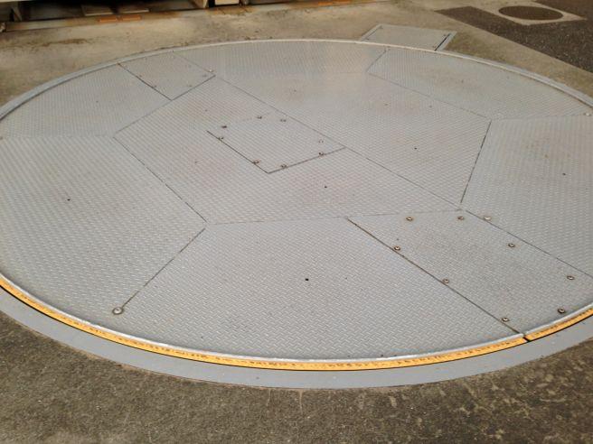 駐車場 ターンテーブル