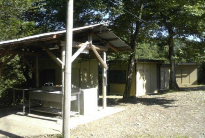 八曽モミの木キャンプ場 炊事場