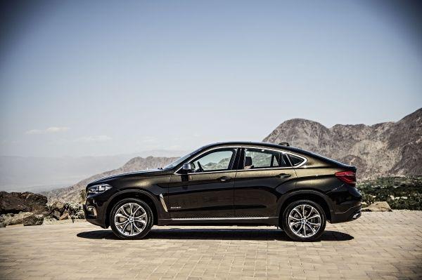 BMW X6 xdrive50i side