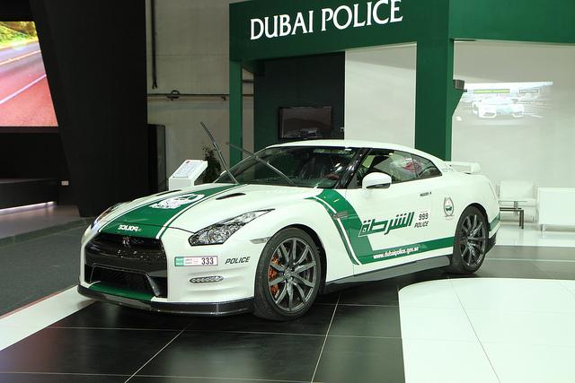 日産 GT-R ドバイ警察