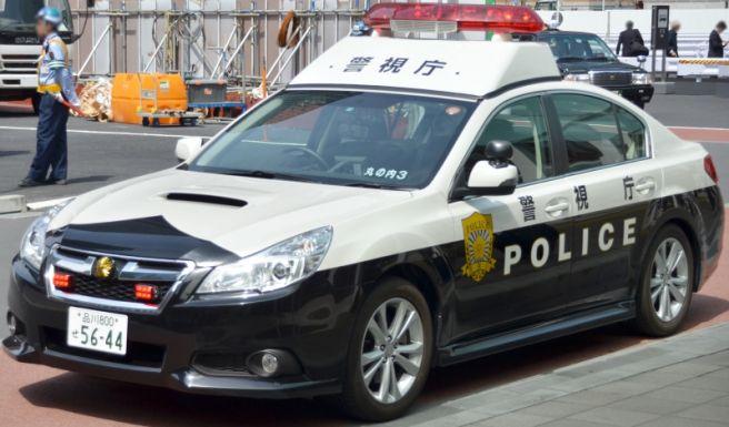 スバルレガシィB4 パトカー