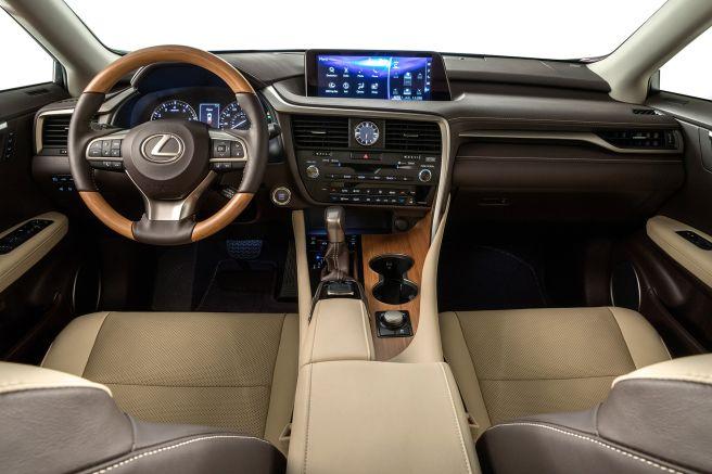 RX350L 車内 画像