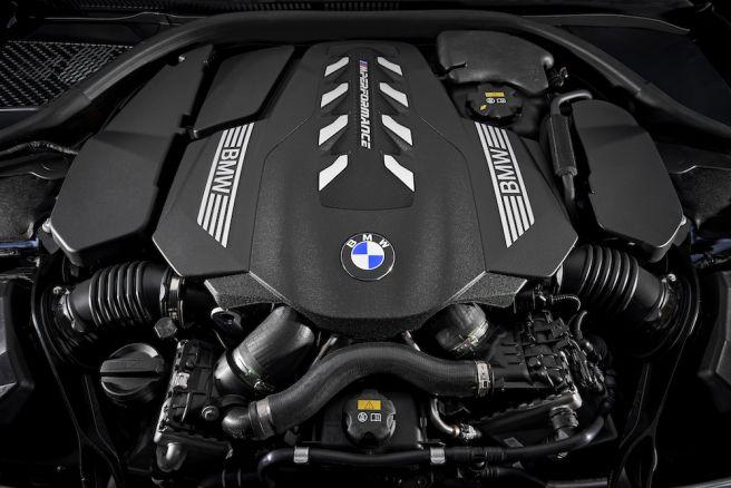 BMW 8シリーズ クーペ エンジン_2018