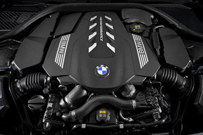 BMW 8 クーペ